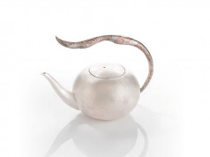 沁Ⅱ 銀壺