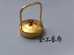 榭Ⅲ  銀壺